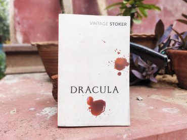 Dracula By Bram Stoker Review Rating Summary Author