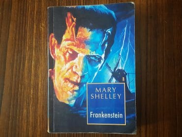 Frankenstein By Mary Shelley Review Rating Summary Author