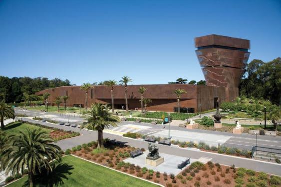 Museum setting 563x375