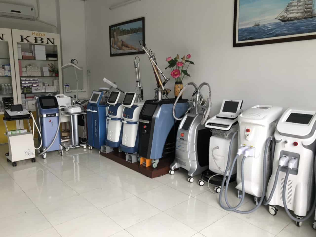 hình ảnh máy thẩm mỹ công nghệ cao tại công ty hanakbn