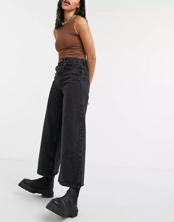 Reclaimed Vintage The '93 wide leg jeans in washed black ASOS