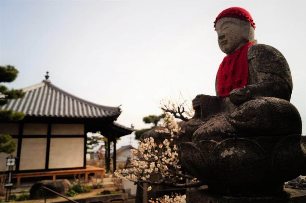 Japón Escultura de Onomichi 1024x682 - Onomichi, travel guide to the city of temples