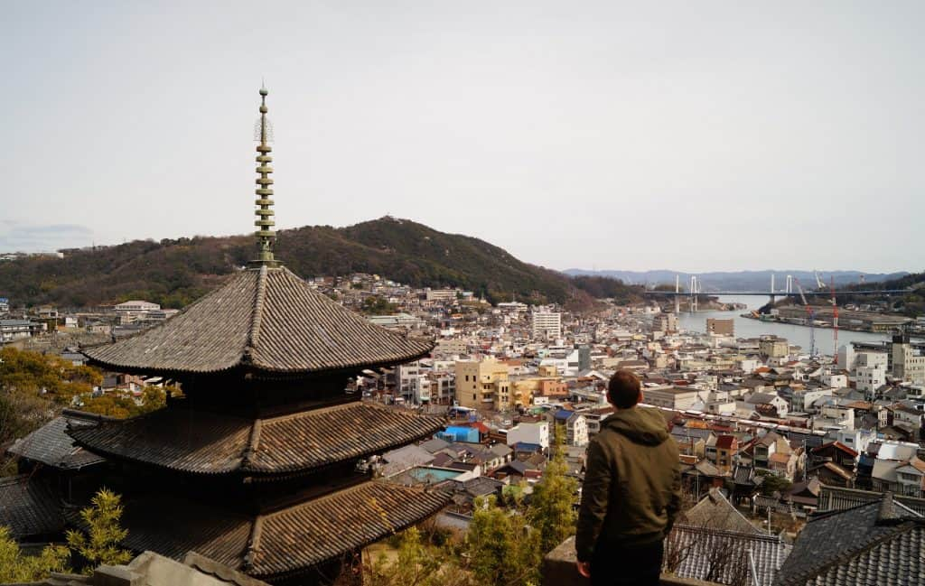 Paseo de lo templos Tenneiji 1024x649 - Onomichi, travel guide to the city of temples