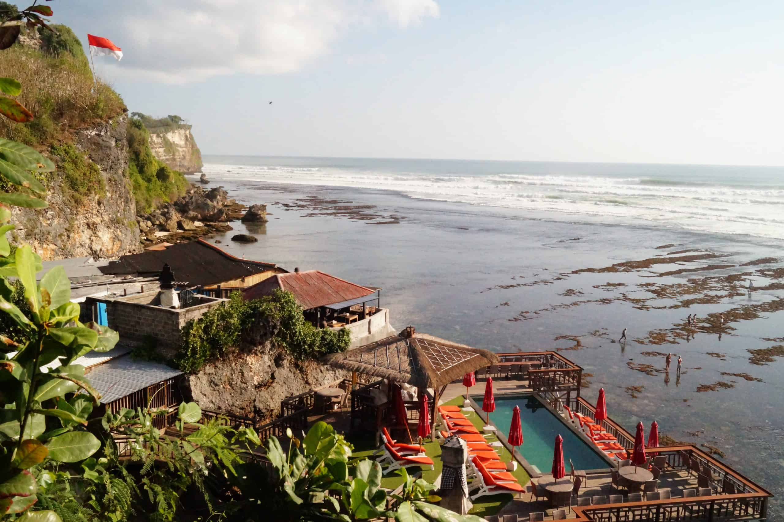 Bali Playas de Uluwatu Playa Suluban Mirador scaled - The Uluwatu Temple and the surrounding beaches, travel guide