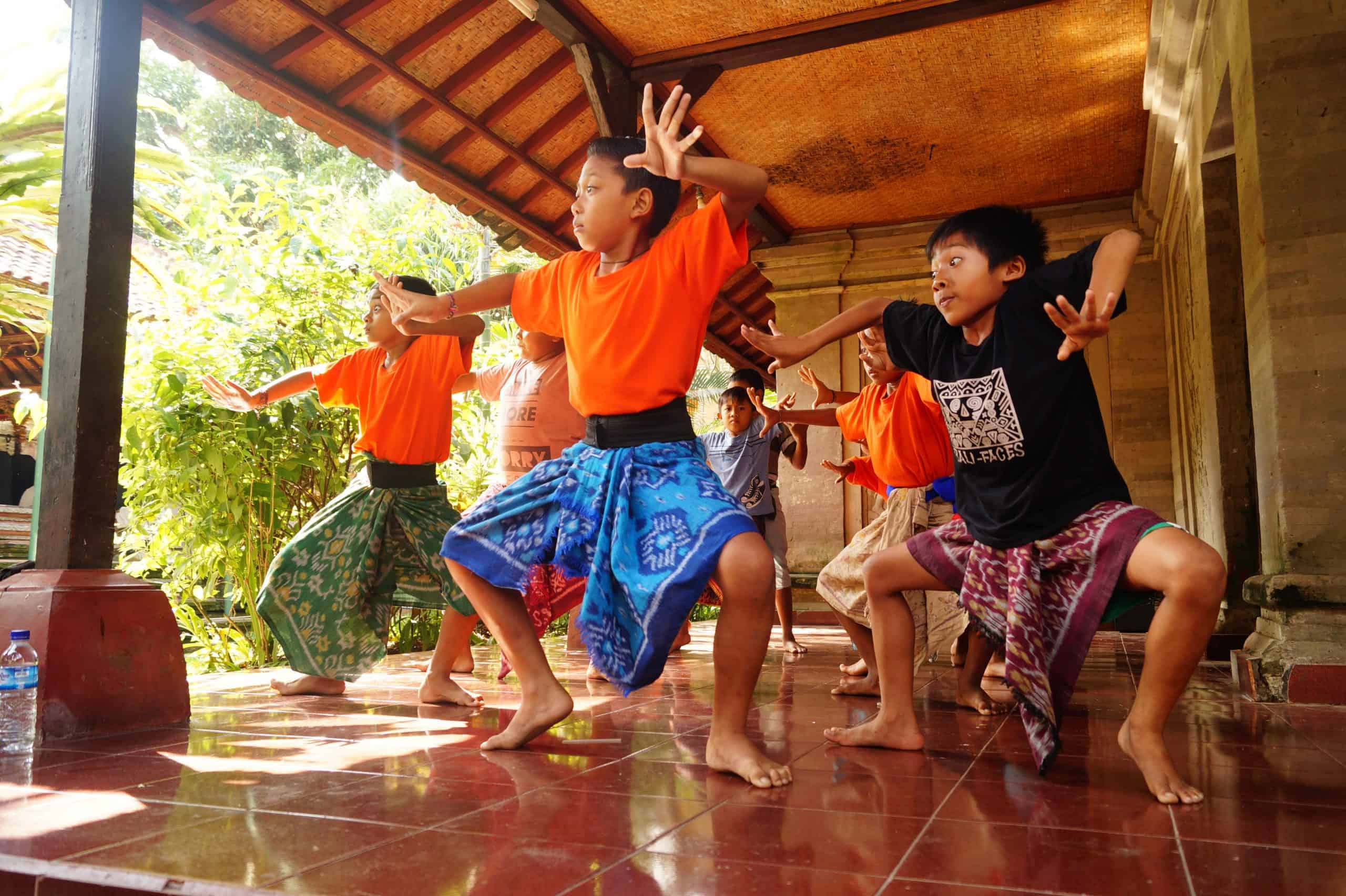 Indonesia Que ver en Ubud Danza tradicional Bali scaled - Top 5 places to see in Ubud in one day