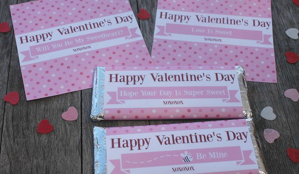 Gorgeous FREE printable Valentine Hershey bar wrappers which are perfect to use as a gift on Valentine's day. Made to fit Hershey wrappers (1.55oz), they can be used for him, for her or for the kids.They are a quick, easy, and a no mess, no fuss gift! Isn't that what we are all looking for? The simple things in life are often the best.