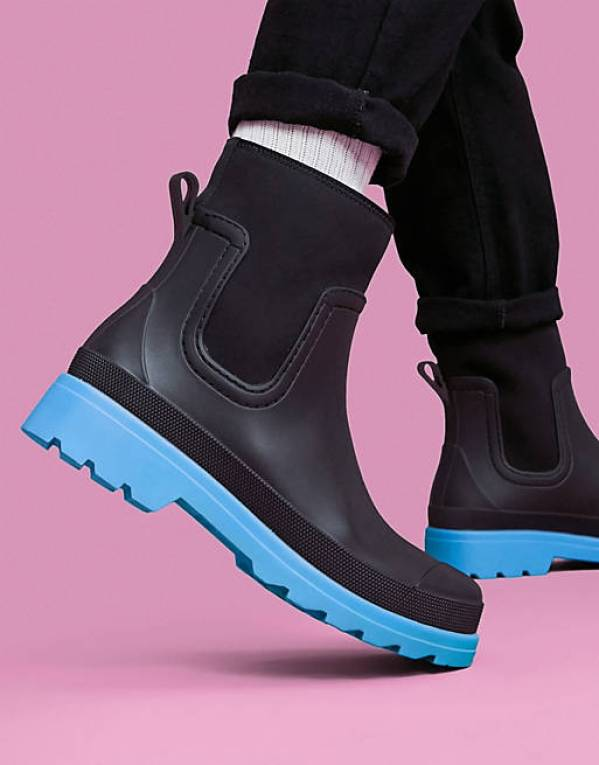 ASOS DESIGN ankle length wellington boot in black with contrast sole