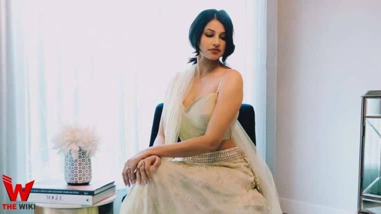 Richa Moorjani (Actress)