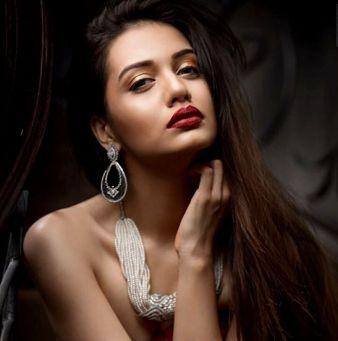 Divya Agarwal