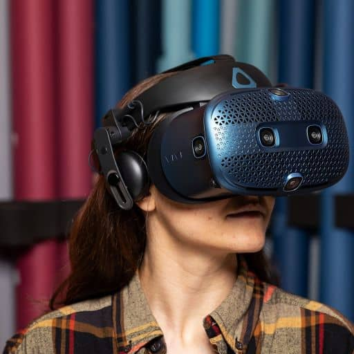 htc-vive-controller-charge-time-Vive-headset-view