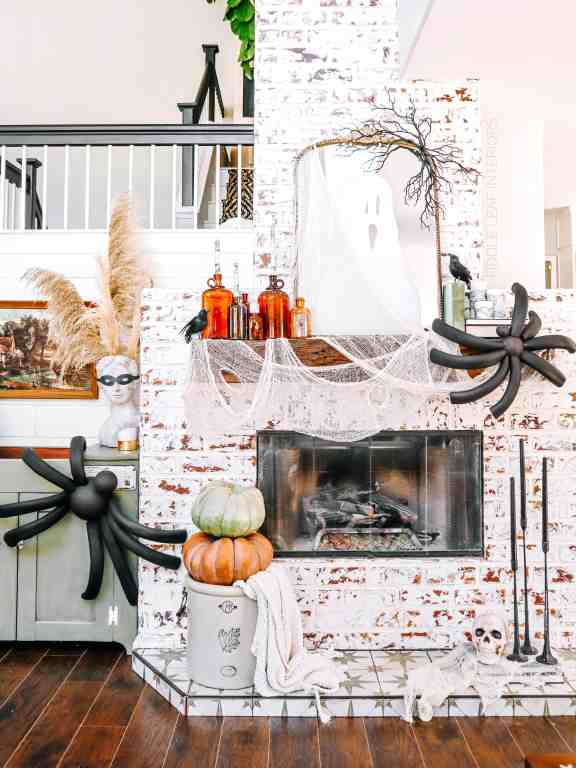 diy giant halloween spiders how to make