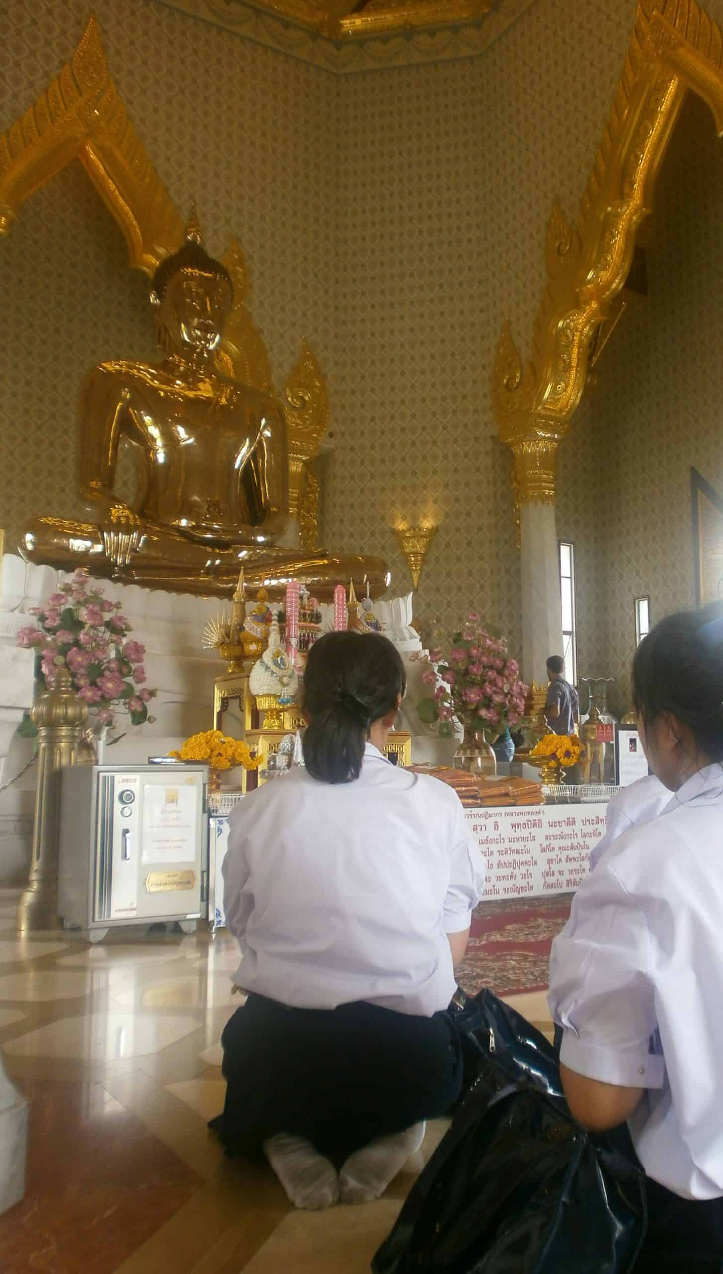 Tailandia Wat Traimit Buda de oro 1 scaled - Top places to see in Bangkok in 2-3 days