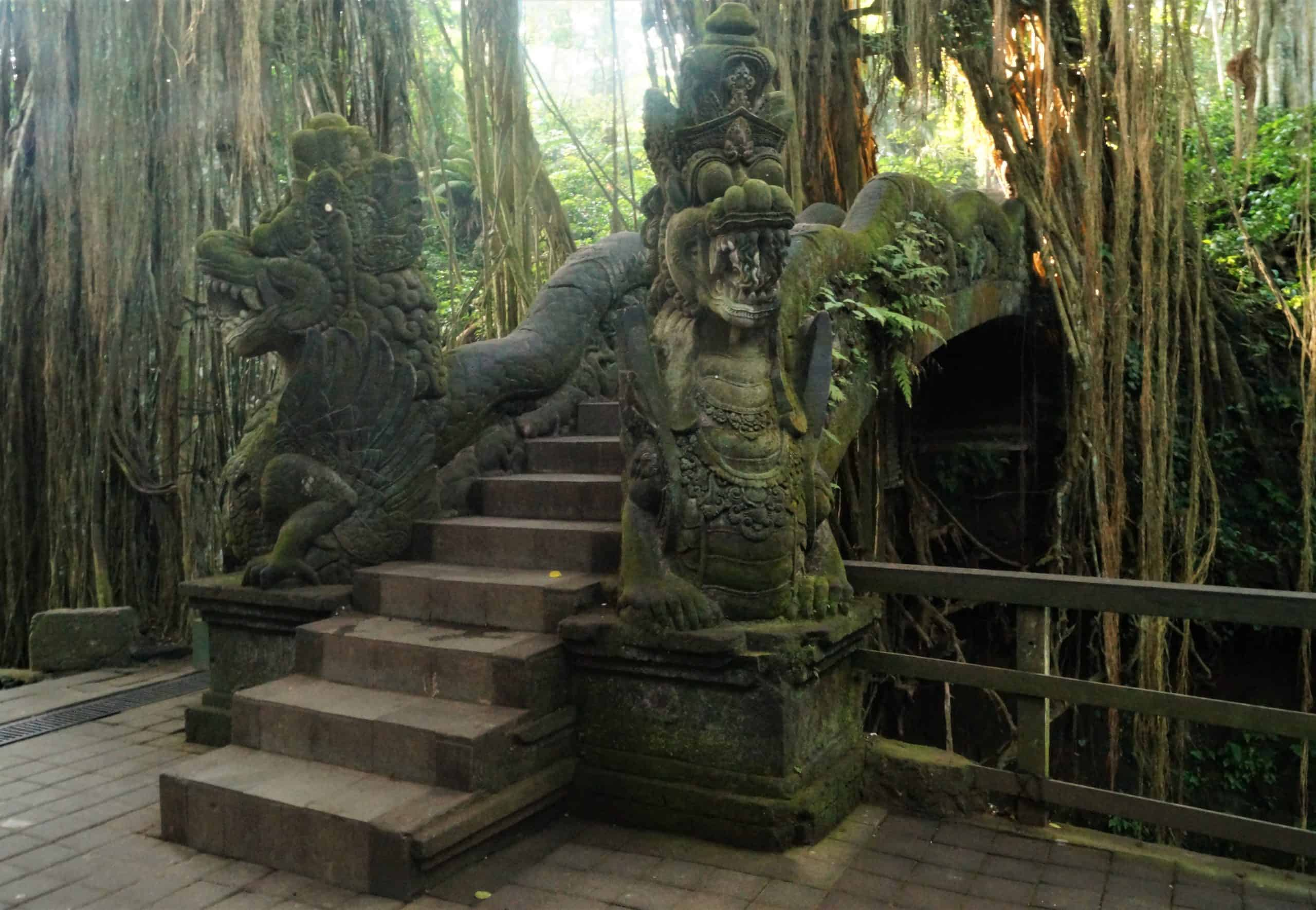 Ubud El Bosque de los Monos Monkey Forest Puente scaled - Top 5 places to see in Ubud in one day
