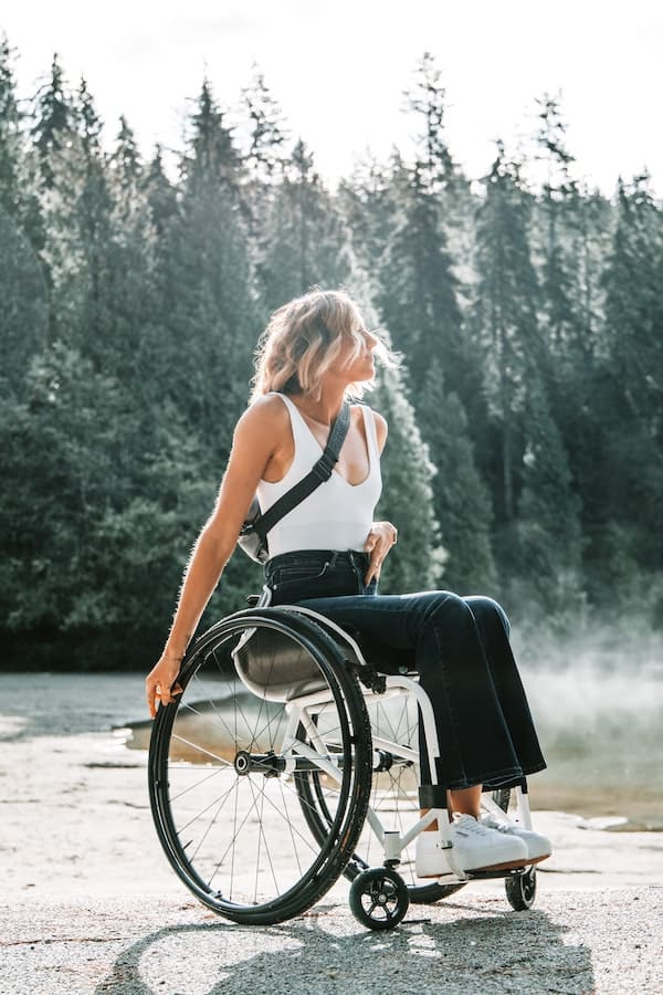 Here are the brands to buy adaptive clothing from.