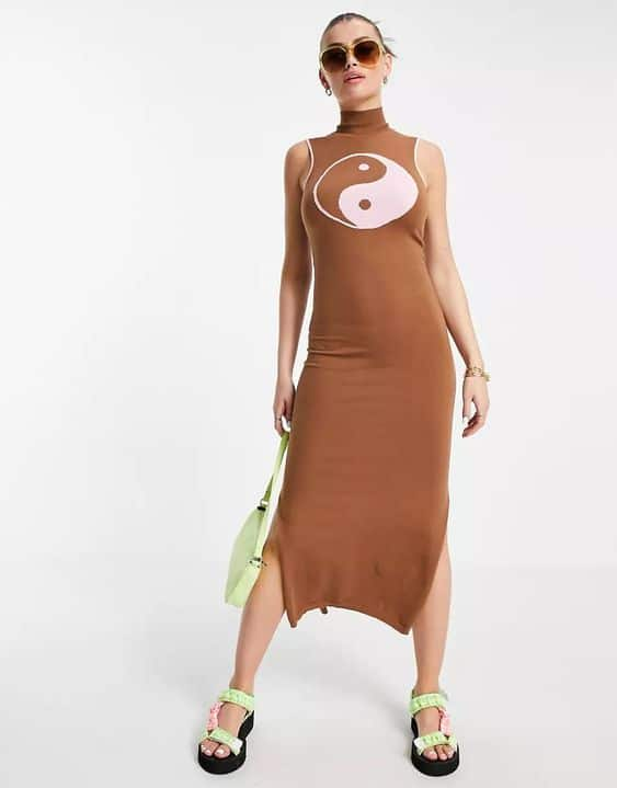 Annorlunda maxi knitted dress with contrast tiping and ying yang print