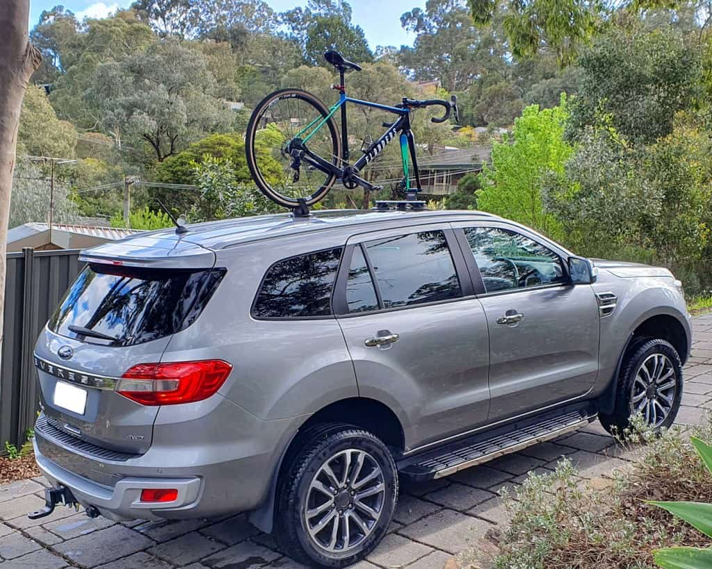 SeaSucker Talon 1-Bike Rack attached to the panoramic roof of a Ford Everest