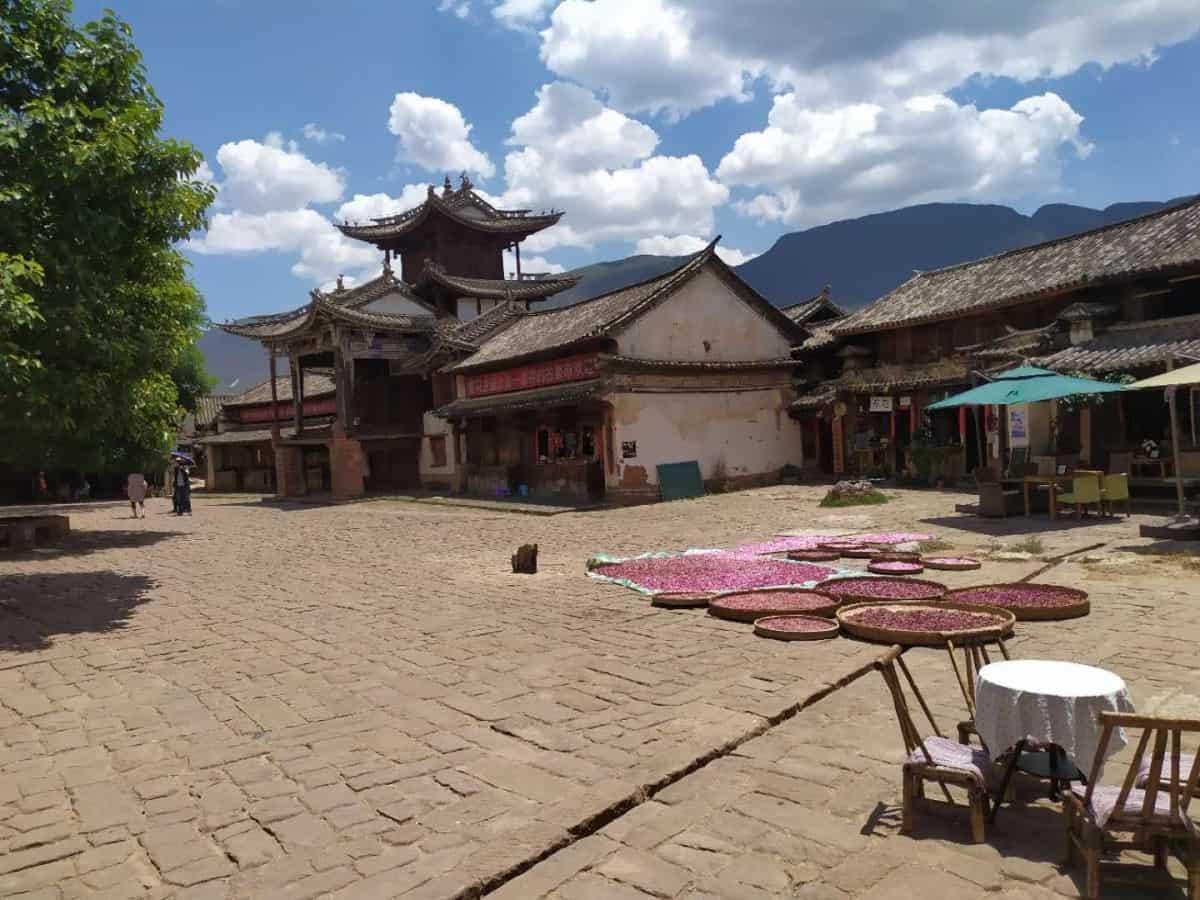 Shaxi Plaza principal - Viaje organizado a Yunnan: 12 días en China con chófer y guía