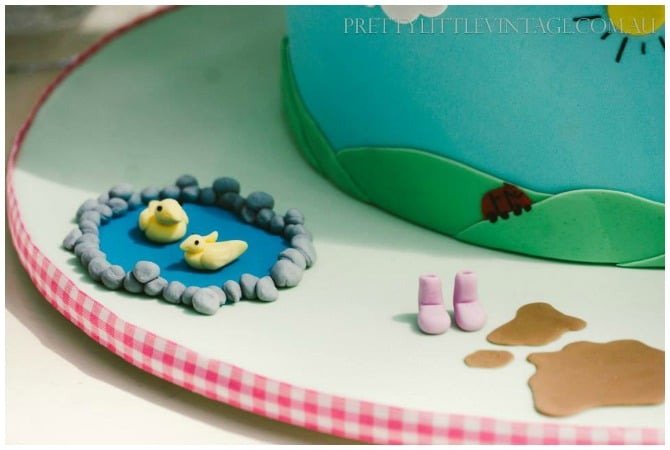 Peppa Pig Cake Detail
