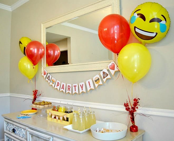 Emoji Party Package set up