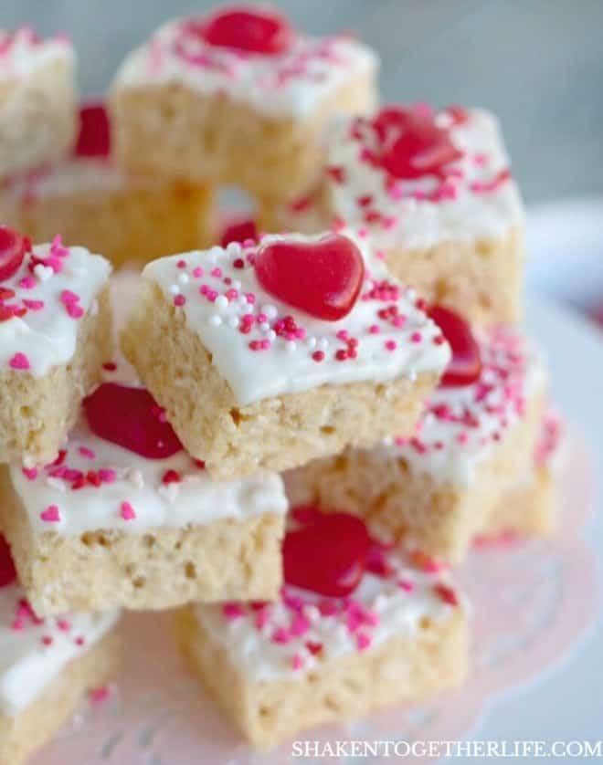 valentines-day-krispie-bites-hero