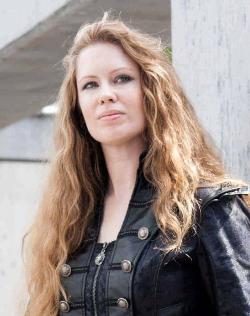 Laura VanArendonk Baugh, author
