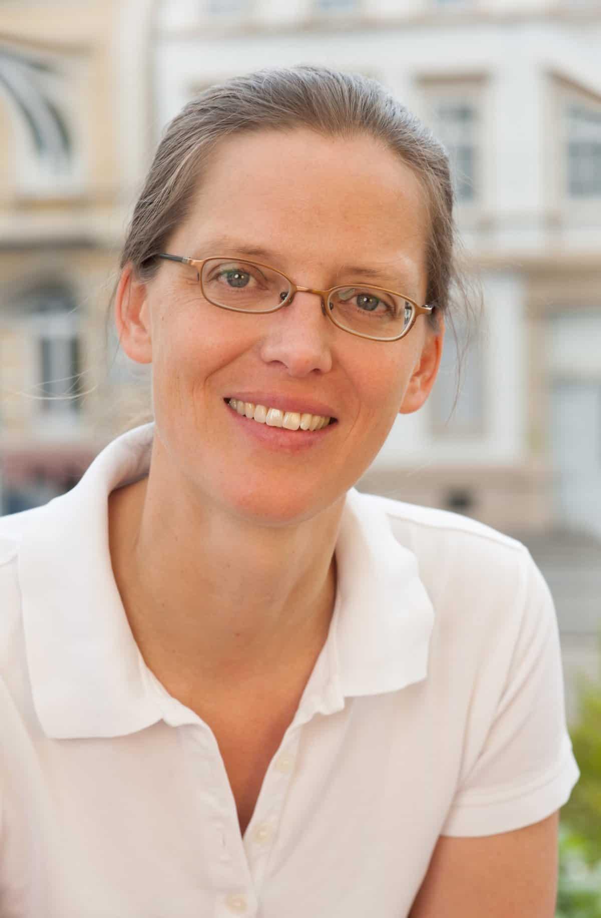Unsere Expertin: Dr. Hendrike Durani, Hautfachärztin in Heidelberg