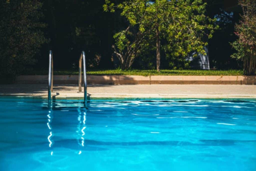 how and where to drain pool water
