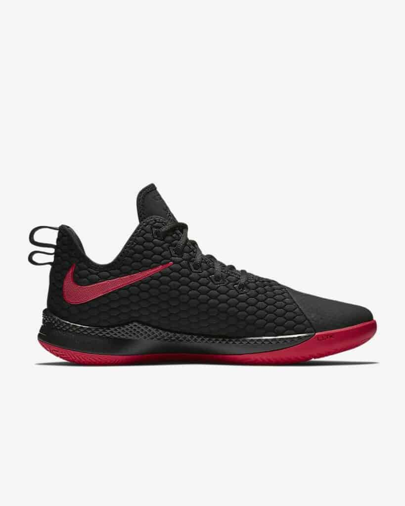 Nike LeBron Witness 3 Review: Side 2
