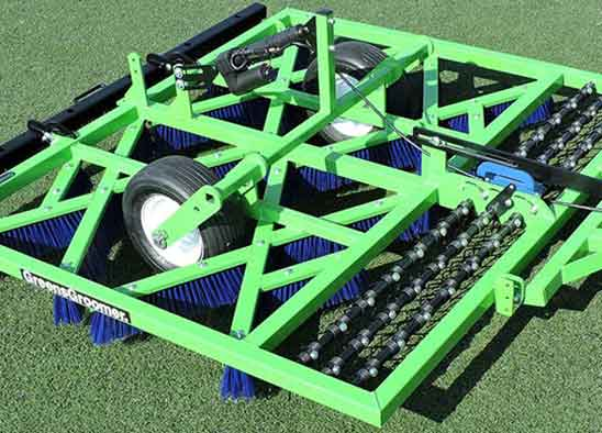 926 INTEGRATED SYNTHETIC TURF GROOMER