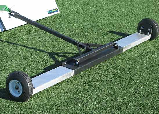 FIELD MAGNET FOR ARTIFICIAL TURF