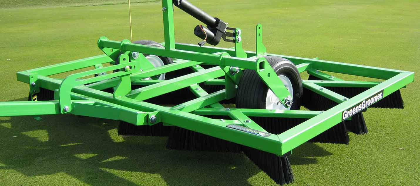 Groomer for Golf Course Maintenance