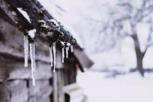 icicles from roofs edge