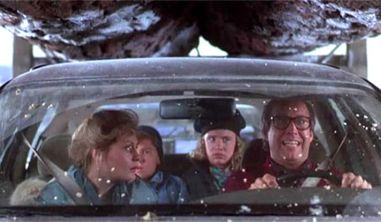 christmas-vacation-chevy-chase-family-car-under-truck