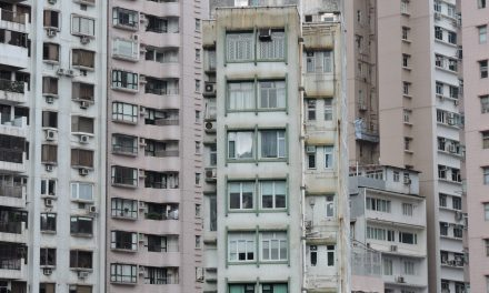 The Advantages and Disadvantages of Apartment Blocks [IELTS Writing Task 2 Sample Answer]