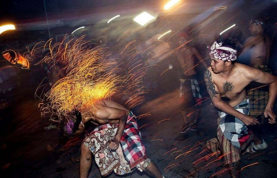 भारत में अजीब-ओ-गरीब रीति-रिवाज   Strange Poor Rituals in India 