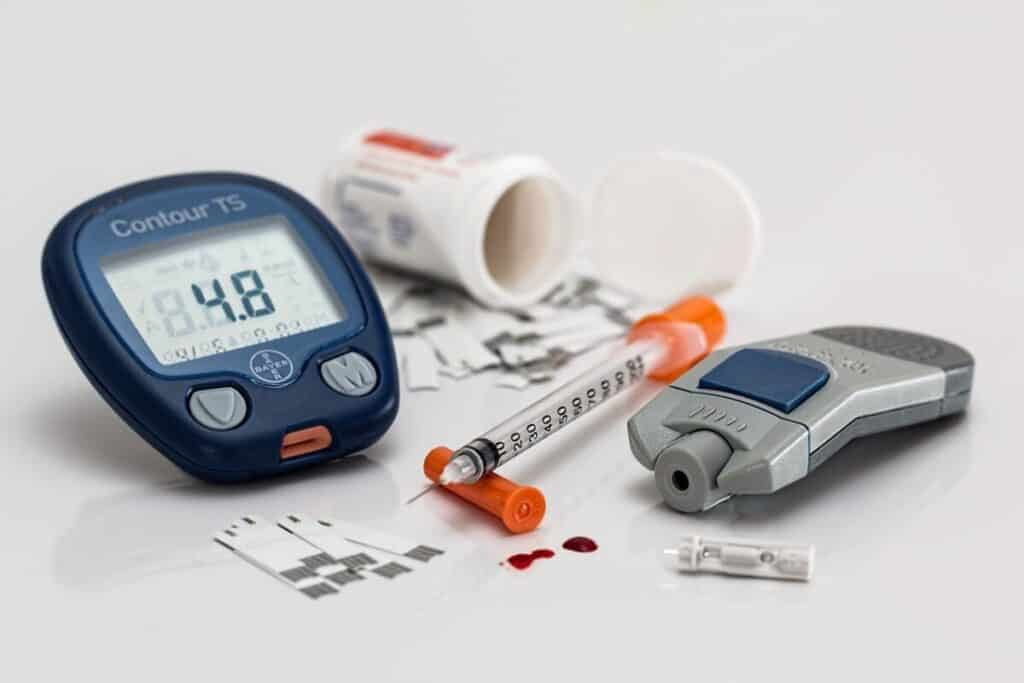 Insulin tester and insulin in a needle for a diabetic to take