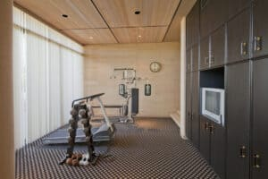 Picture of a home gym built with a budget of 1000