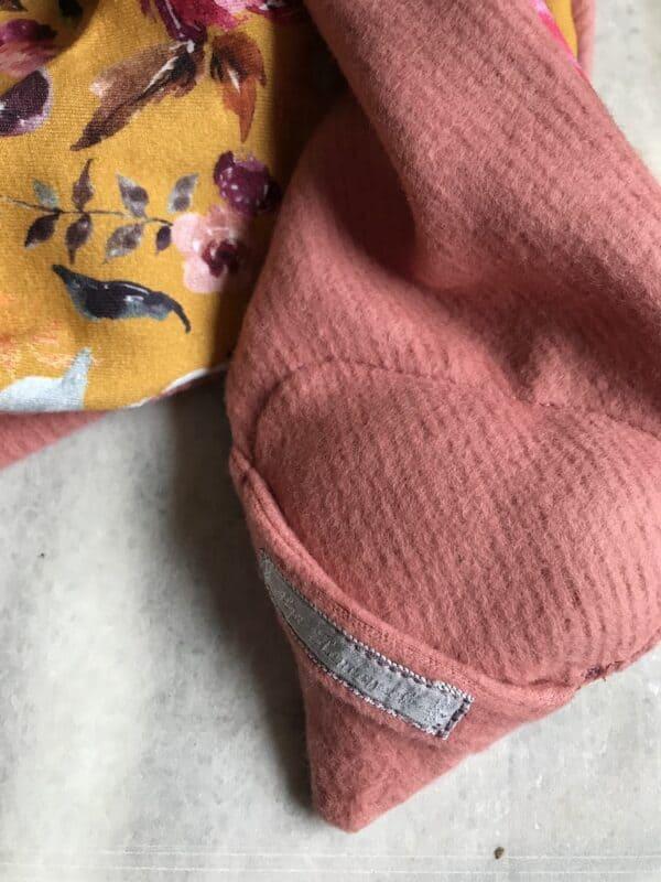 Vegan Fox Scarf - Kids - Floral - Pink - Backside