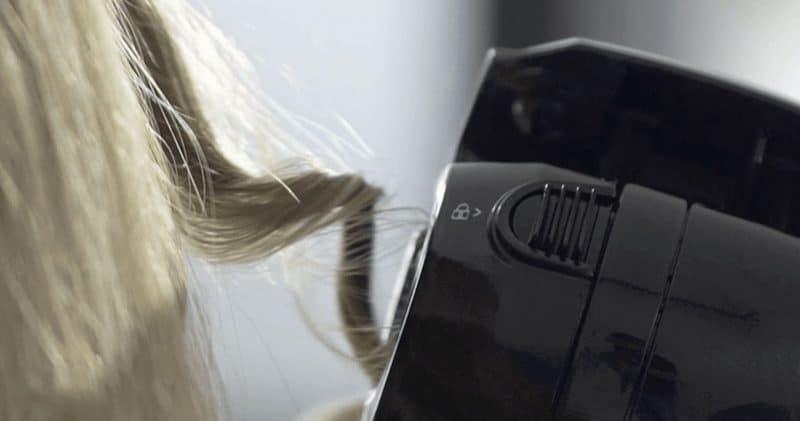 Le boucleur Babyliss Curl Secret 2 C1300E définit des boucles d'une qualité professionnelle avec une facilité déconcertante