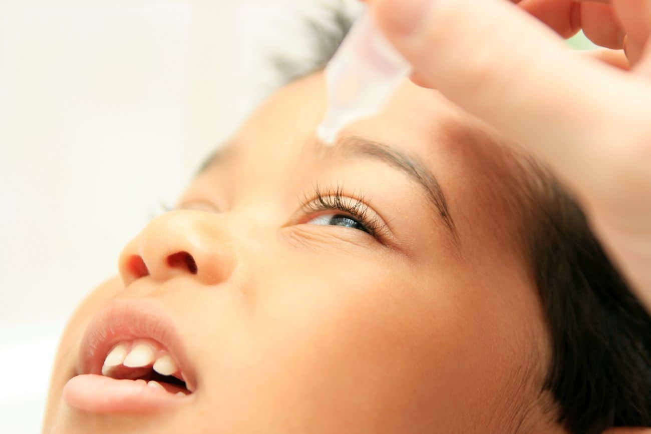 Le Sérum physiologique pour les yeux chez les enfants