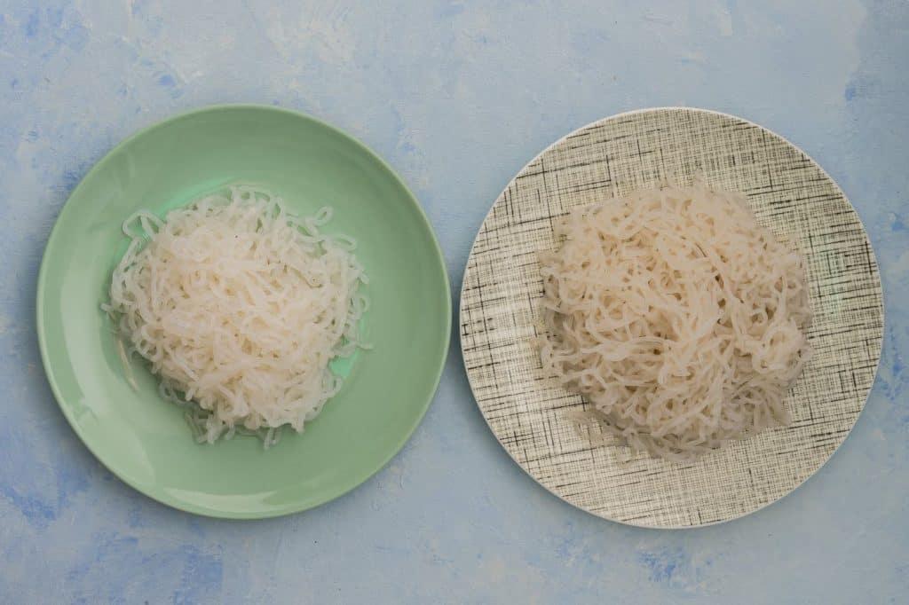 Skinny pasta images of shirataki noodles on the plate