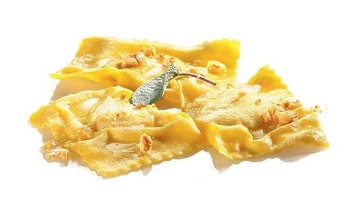 Tortelloni di polenta e gorgonzola al burro nocciolato