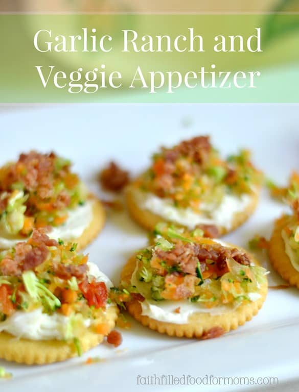 These Cream Cheese Garlic Ranch and Veggie Appetizers are so easy and so deelish! Even veggie haters love them!
