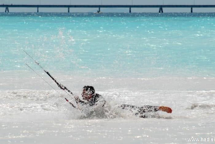 rosignano-marittimo-kitesurfing-photos-08.jpg