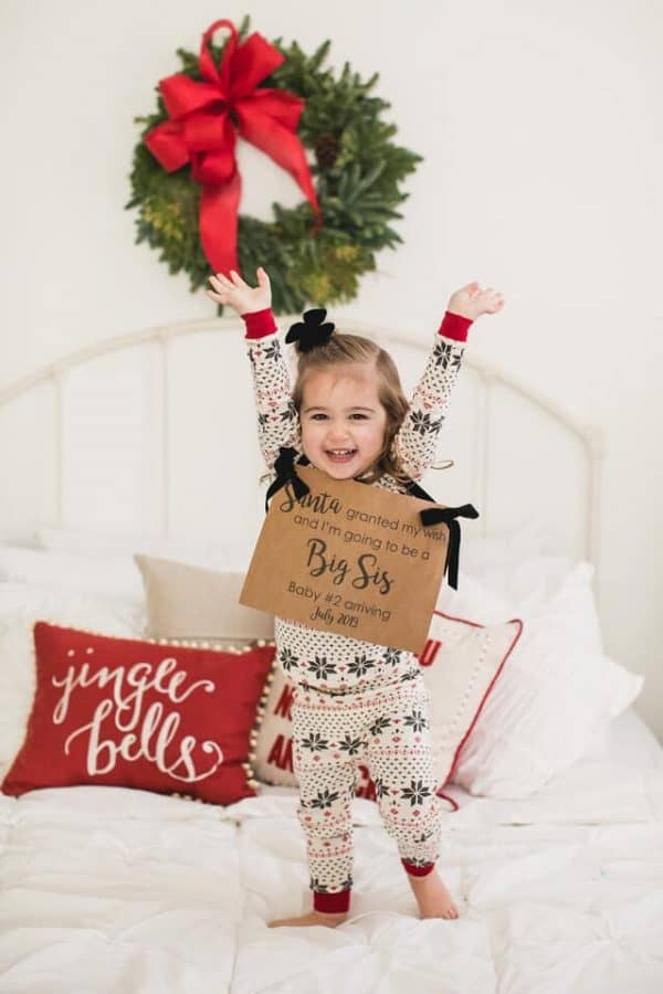 Christmas baby announcement idea