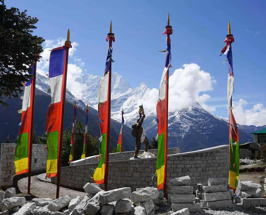 There are memorials on the way to Everest Base Camp that represent the courage and adventerous spirt of those who have gone before you