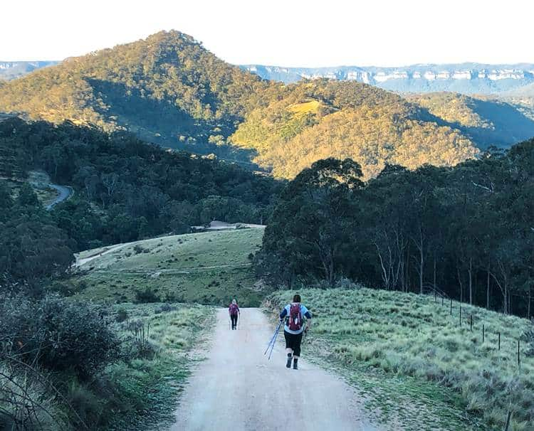 Walking the Six Foot Track in the Blue Mountains