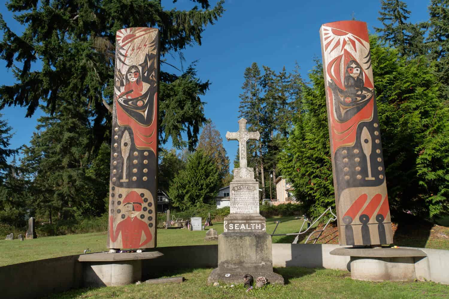 Famous Seattle graves Chief Seattle gravesite
