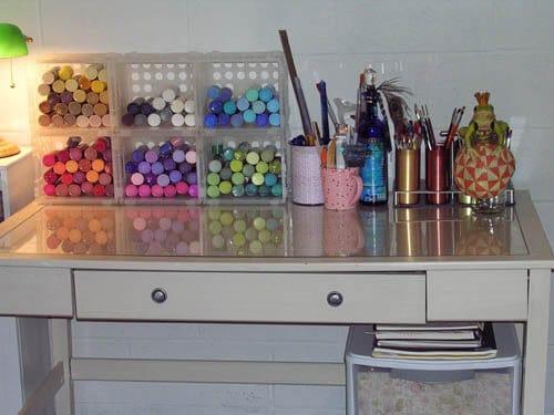 plastic cubes for craft paints