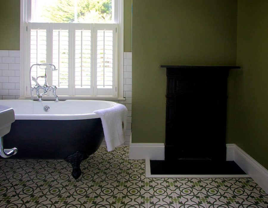Image: Simple classic bathroom with encaustic floortiles